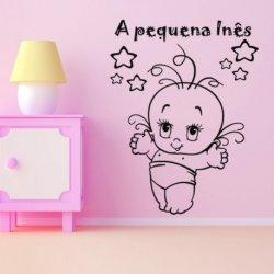 Pequena Bebê Feliz