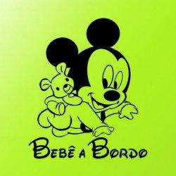 O Rato Mickey a Gatinhar