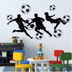 Silhuetas Jogando ao Futebol