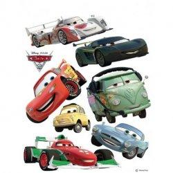 Personagens de Carros 2