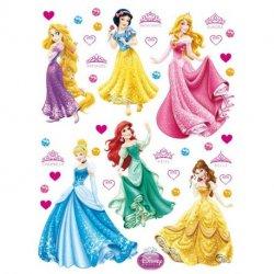 Princesas Disney e corações