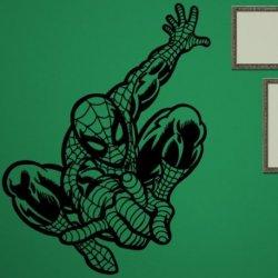 Spiderman Brincando