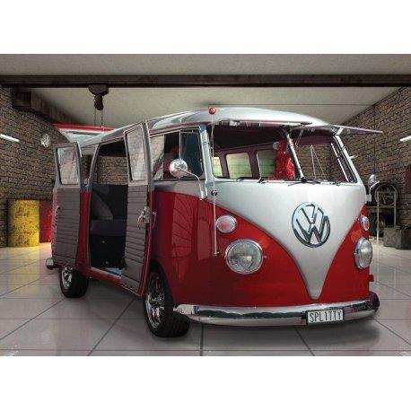 Van Volkswagen Clássica na Garagem