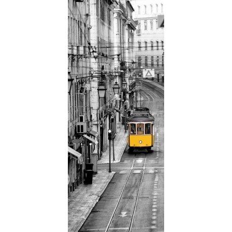 Carro Eléctrico Lisboa sobre Preto e Branco