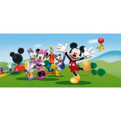 O Rato Mickey Joga com Amigos no Parque