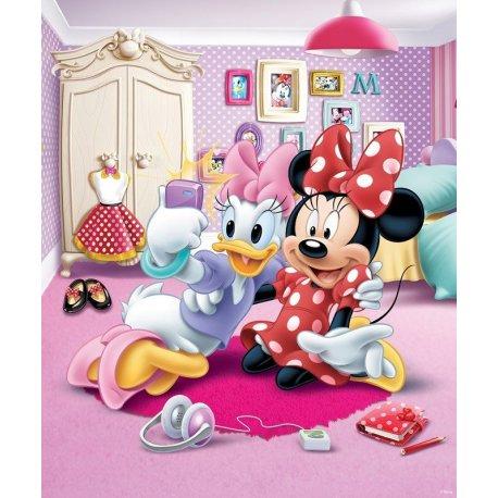 A Daisy e a Minnie no Quarto das Meninas