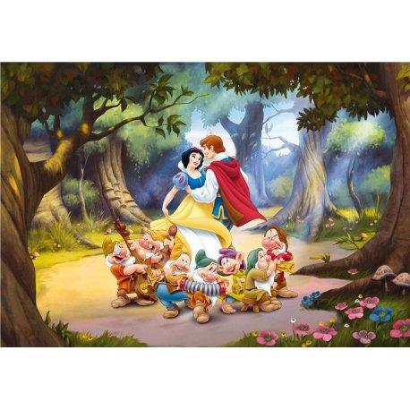 Branca de Neve e os 7 Anões com o Príncipe