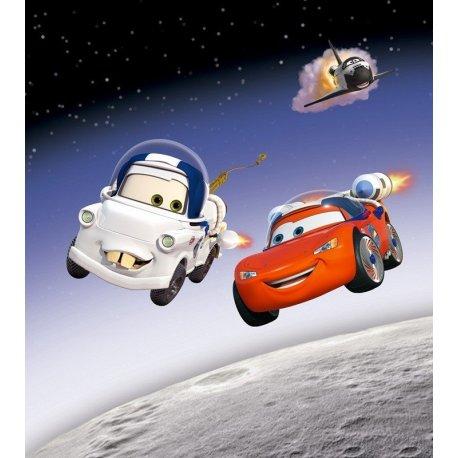 McQueen e Mate Amigos no Espaço