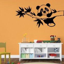Urso Panda no Ramo